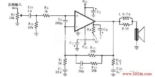 lm4781的辅助音频功率放大电路